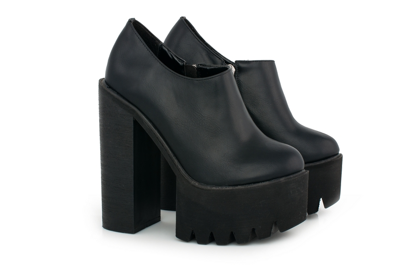 539b88a8a2e4 Туфли на высоком толстом каблуке | PassageStore